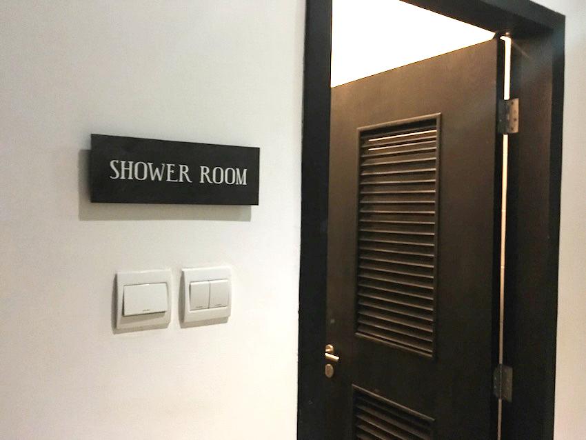 シャワールーム①