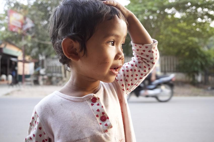 カンボジアのこども